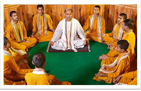 Sudhanshu Ji Maharaj | Vishwa Jagriti Mission | Gurukul Veedyapeeth